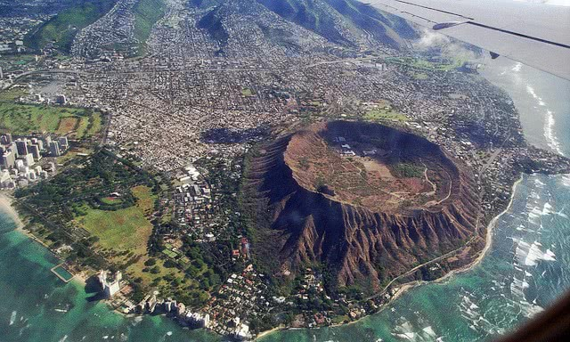 Diamond Head crater Hawaii - /geography/crater ...